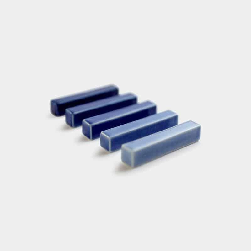青のグラデーションが美しい「GOSUの箸置き」