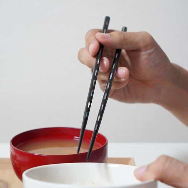 【高級箸】箸蔵まつかん 若狭塗箸 貝きりこ桐箱入 23.0cm