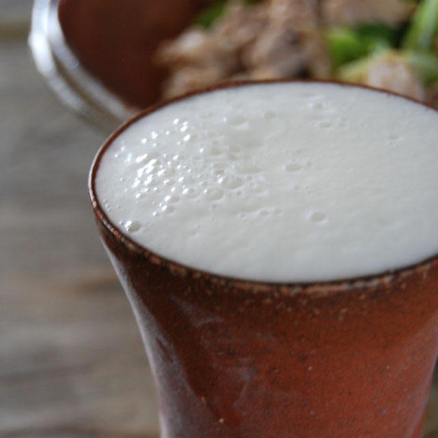 陶芸家「恒枝直豆」の備前焼ビアカップ