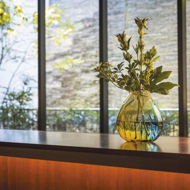 風情を感じる「花瓶」