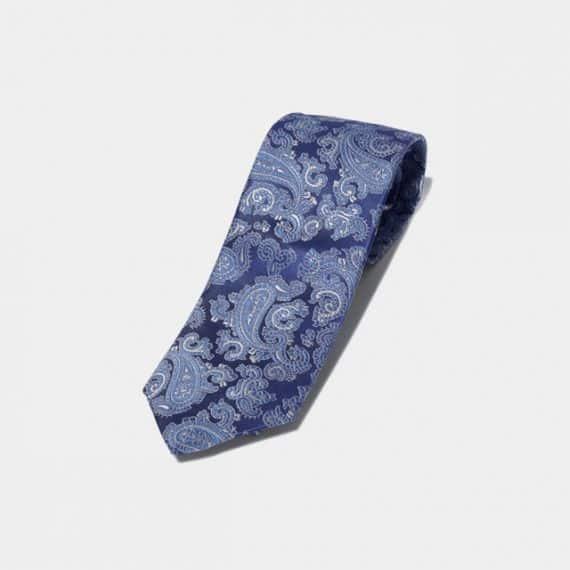 1.仕事に自信がつく「高級ネクタイ」