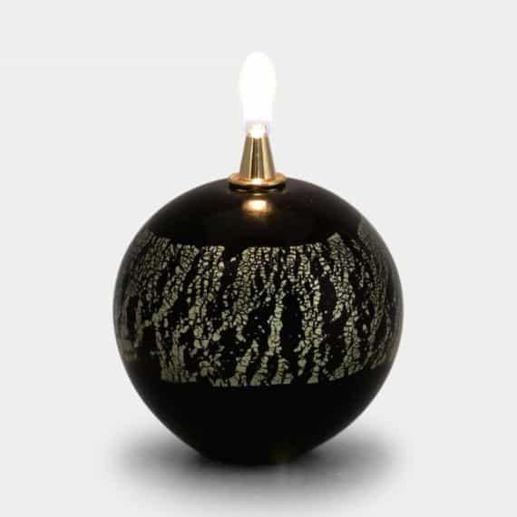 4.部屋の雰囲気をおしゃれにする「オイルランプ」