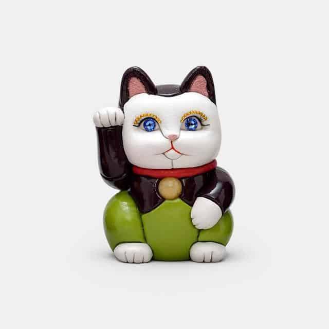 【江戸木目込み】柿沼人形 招き猫 革エナメル