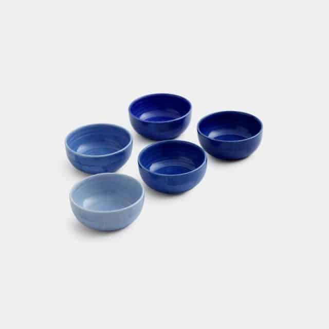 色褪せることがないブルーが印象的な「小付」
