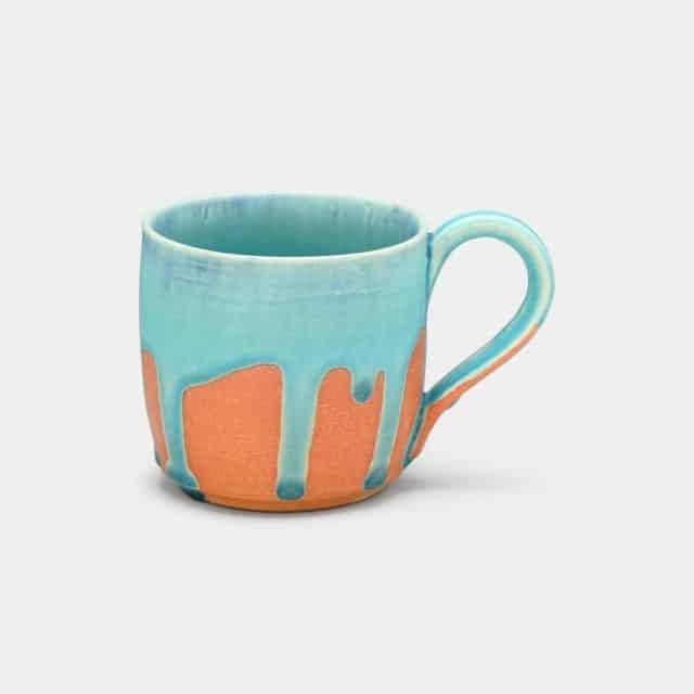 独特な色合いが魅力的な「マグカップ」