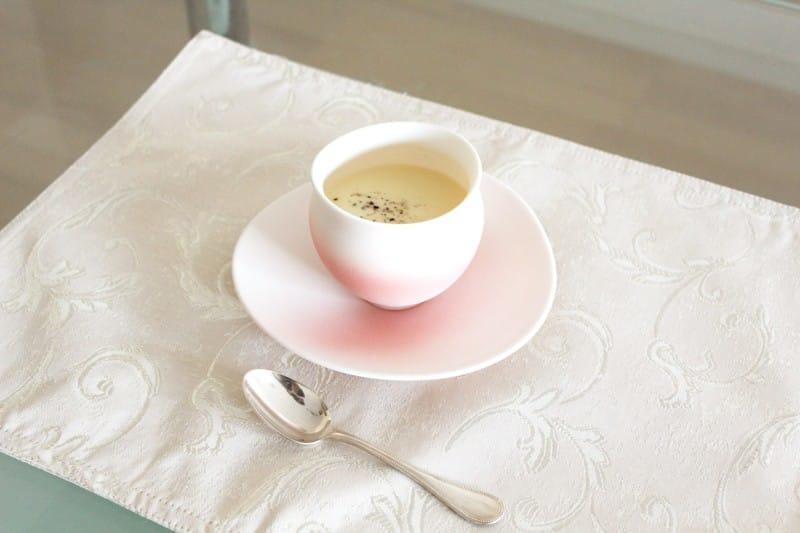 冷製スープの器やデザートカップ