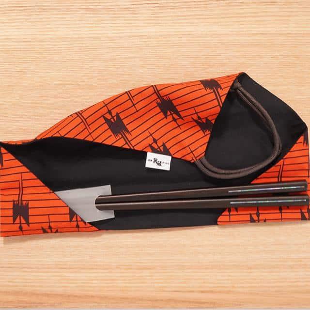 厳選した素材で作るモダンなデザインの「箸と箸包み」