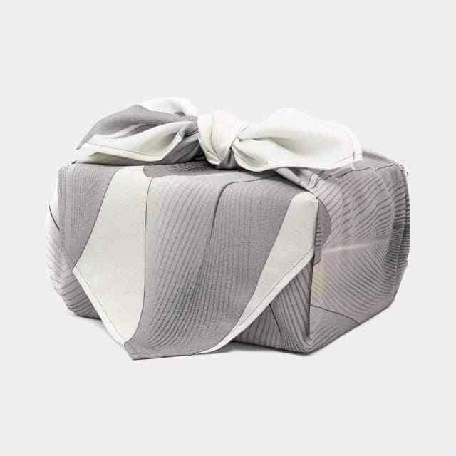 【超撥水加工】朝倉染布 やさしい羽 (アムンゼン70cm) 風呂敷