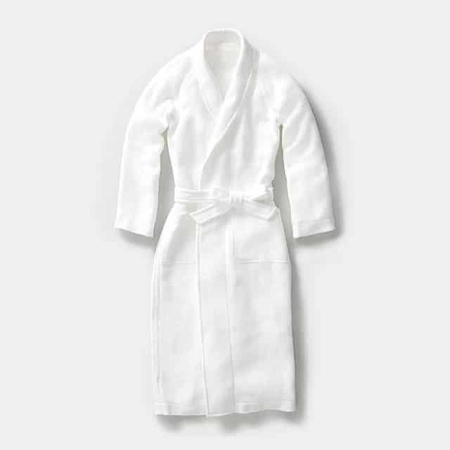 【Foo Tokyo】凸凹に織り上げたワッフル生地が爽やかな肌触りのバスローブ