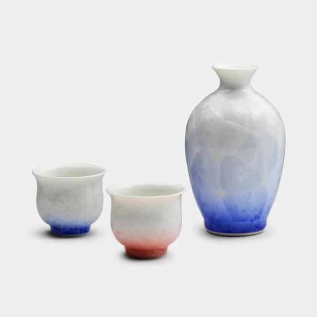 【京焼-清水焼】陶葊 花結晶 (白地赤青) 酒器 (3点セット)