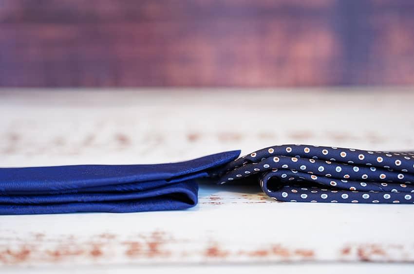 OKANOとマリネッラのネクタイ厚み