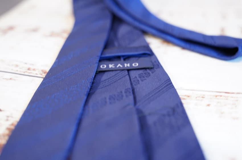 OKANOのネクタイ裏